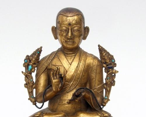 Rare Sino Tibetan gilt bronze Lama sold for 56000